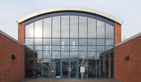tenzing Gebäude Eingang