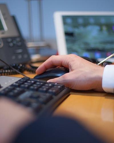 Arbeiten am Schreibtisch